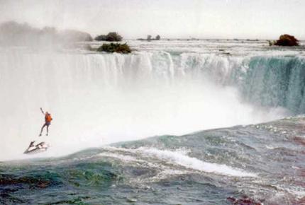 robert-overcracker niagara falls